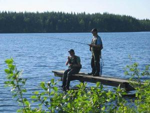 Angeln in Schweden / Smaland am See Kalvsjön - Steg