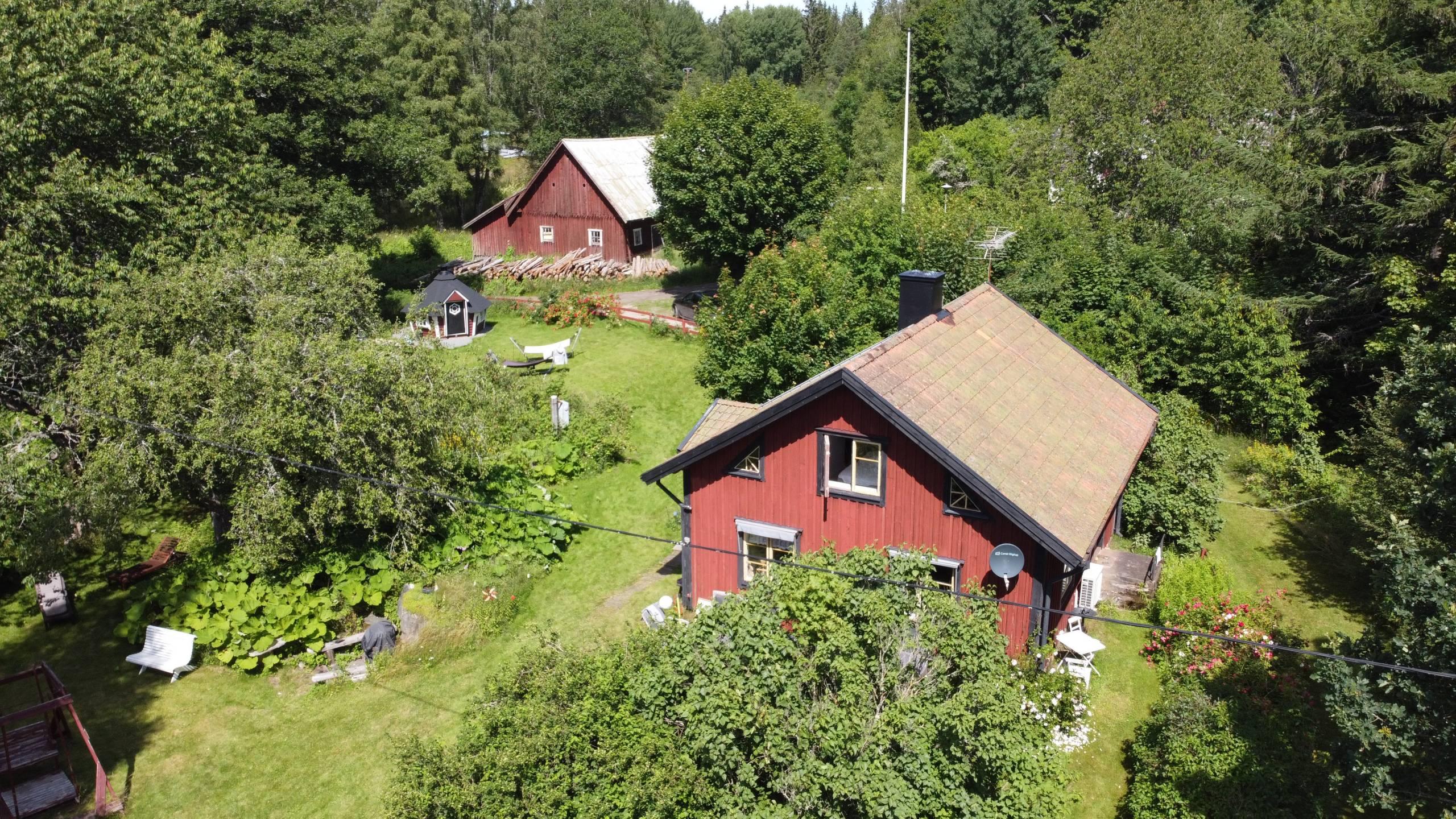 Ferienhaus Troll Mit Nebengebäude Und Grillhütte