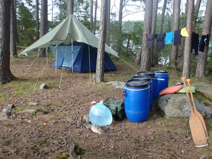 Kanufahren in Schweden - Übernachtung am Ufer