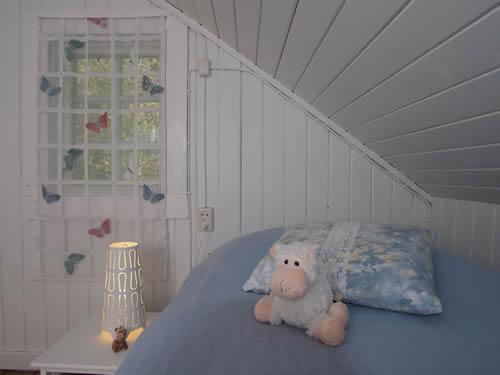 """Schweden - Smaland: Ferienhaus am See - Haus """"Katthult"""" - Schlafzimmer Kinder"""