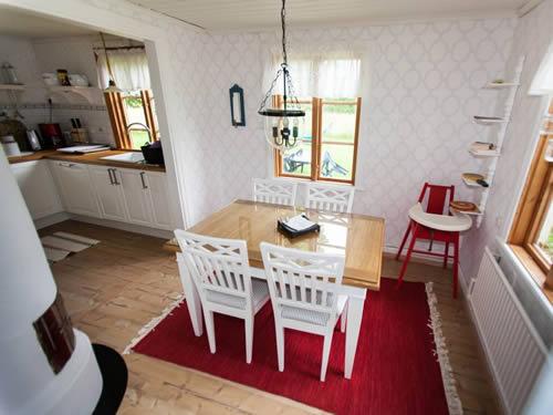 """Schweden - Smaland: Ferienhaus am See - Haus """"Torp Staveryd"""" - Esszimmer"""