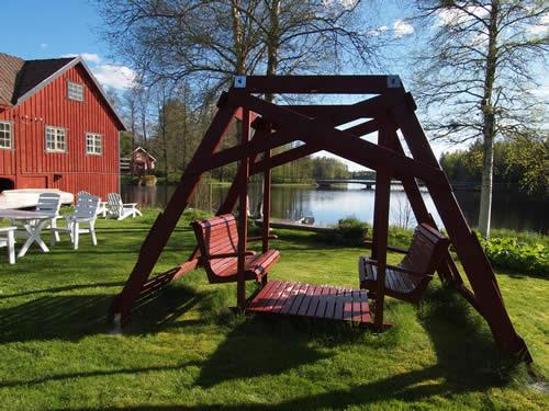 Schweden Ferienhaus Troll: Schaukel mit Seeblick