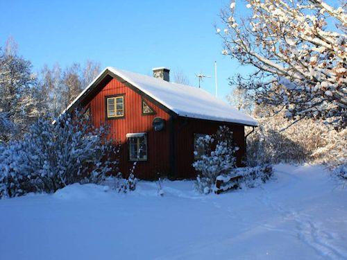 """Schweden - Smaland: Ferienhaus am See im Winter - Haus """"Troll"""""""