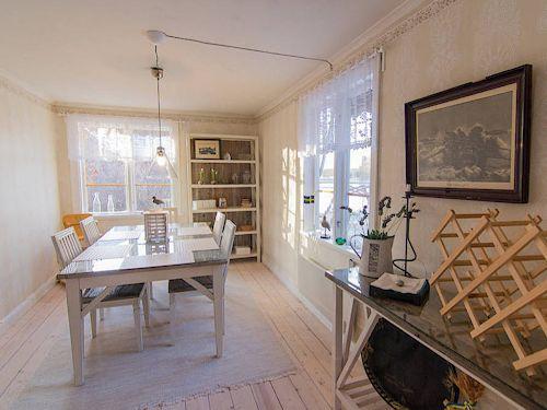 """Schweden - Smaland: Ferienhaus am See - Haus """"Troll"""" - Esszimmer"""
