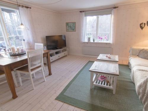 """Schweden - Smaland: Ferienhaus am See - Haus """"Troll"""" - Wohnzimmer"""
