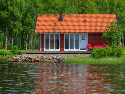 smaland ferienhaus am see haus hylte in schweden. Black Bedroom Furniture Sets. Home Design Ideas