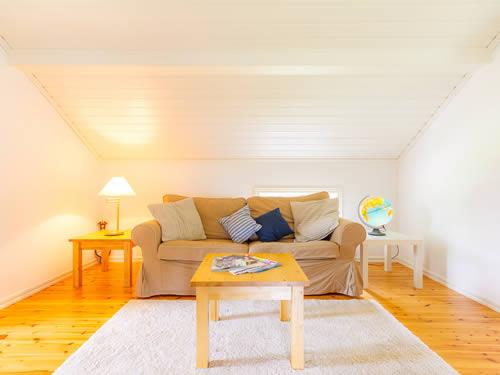 """Schweden - Smaland: Ferienhaus - Haus """"Hylte"""" - Wohnen Im Dachgeschoss"""