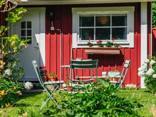"""Schweden - Smaland: Ferienhaus am See - Haus """"Karlsson"""" - Gartenmöbel"""