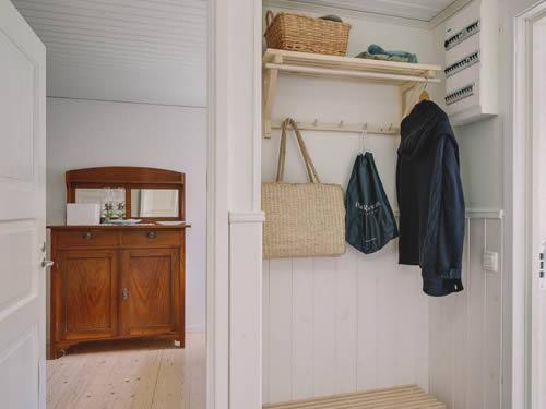 """Schweden - Smaland: Ferienhaus am See - Haus """"Karlsson"""" - Diele"""