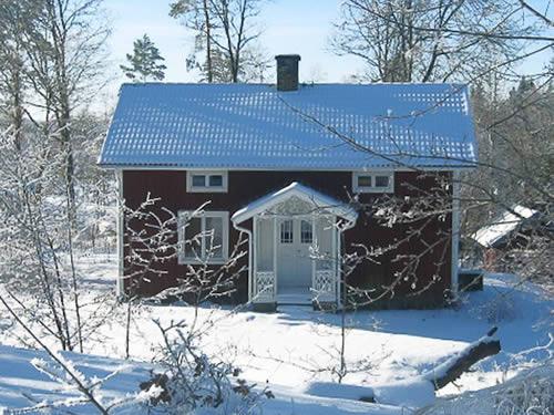 """Schweden - Smaland: Ferienhaus - Haus """"Langö"""" - Schnee"""