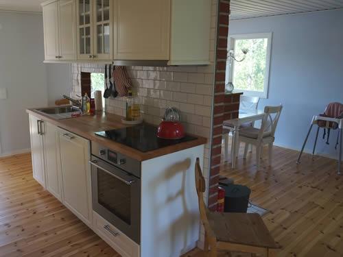 """Schweden - Smaland: Ferienhaus am See Langen - Haus """"Michel"""" - Küche"""