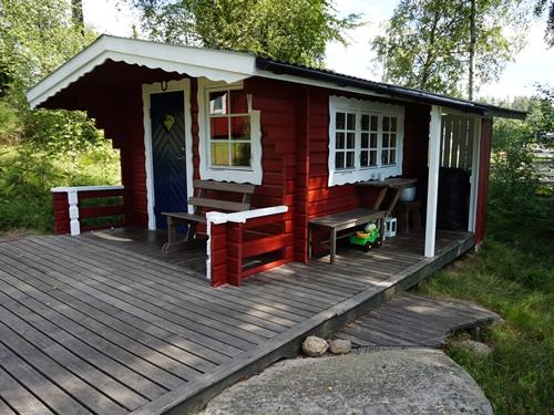 """Schweden - Smaland: Ferienhaus am See Langen - Haus """"Michel"""" - Nebengebäude"""