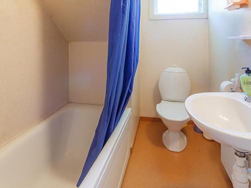 """Schweden - Smaland: Ferienhaus - Haus """"Ohs"""" - Bad und WC"""