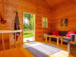 """Schweden - Smaland: Ferienhaus am See - Haus """"Ronja"""" - Wohnraum"""