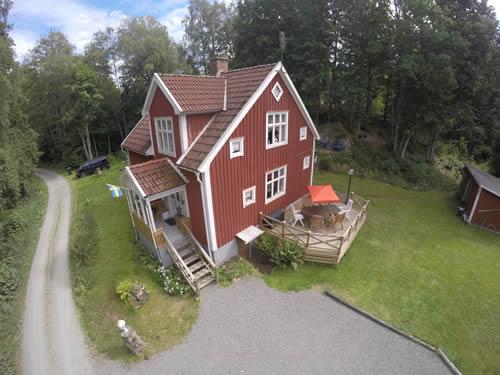 """Schweden - Smaland: Ferienhaus Am See - Haus """"Rusken"""" - Luftbild"""