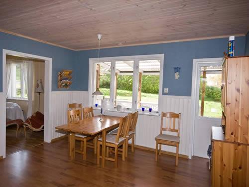 """Schweden - Smaland: Ferienhaus - Haus """"Schweden"""" - Esszimmer"""