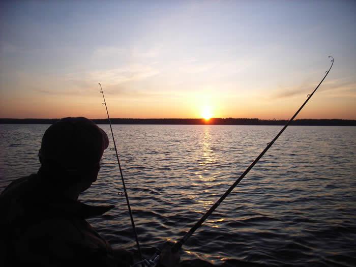 Schweden - Smaland: Angelcamp - Angeln bei Sonnenaufgang