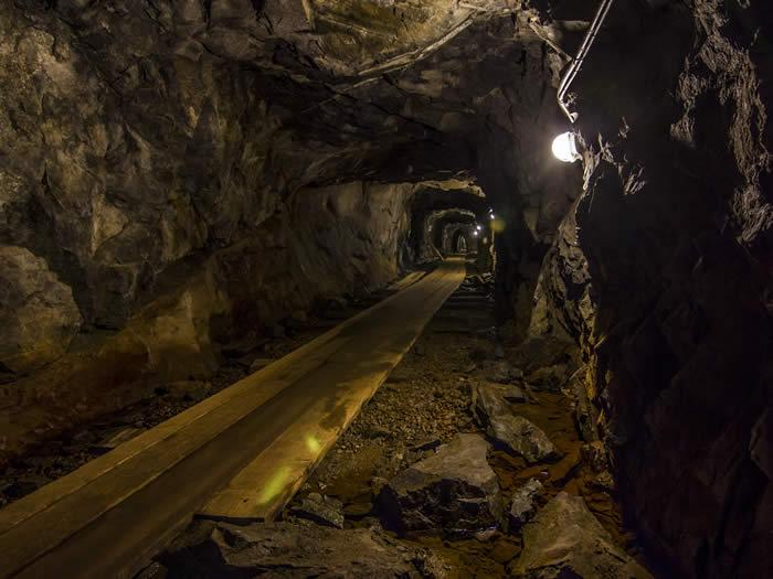 schweden-smaland-bergwerk-museum-kleva-gruva-07-700-525