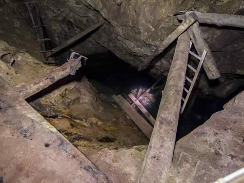 schweden-smaland-bergwerk-museum-kleva-gruva-16-500-375