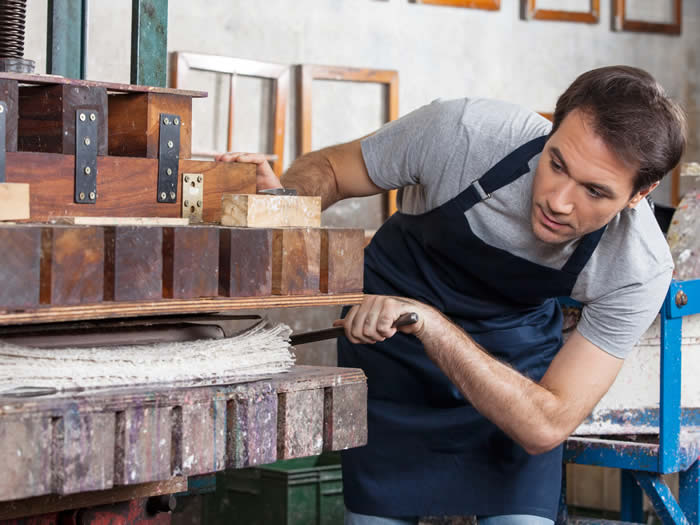 Schweden - Papierpresse in Handpapierfabrik