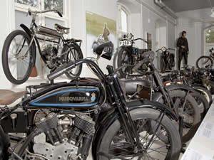 schweden-smaland-joenkoeping-husqvarna-museum-01-300-225