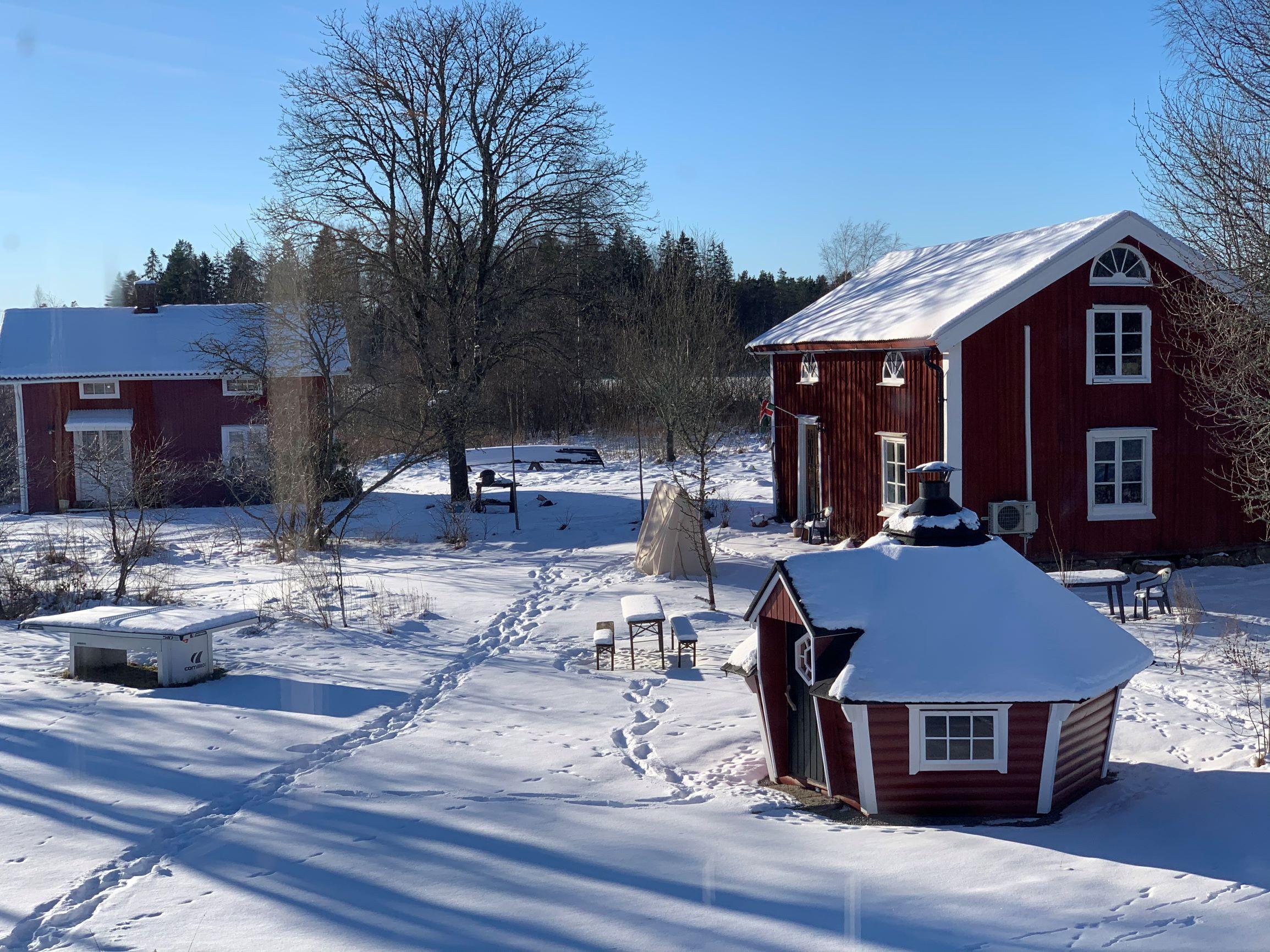 Torp Staveryd Ein Teil Des Anwesens Mit Kleinem Wohnhaus, Haus Aus Dem 1.700 Jahrhundert Und Grillhütte