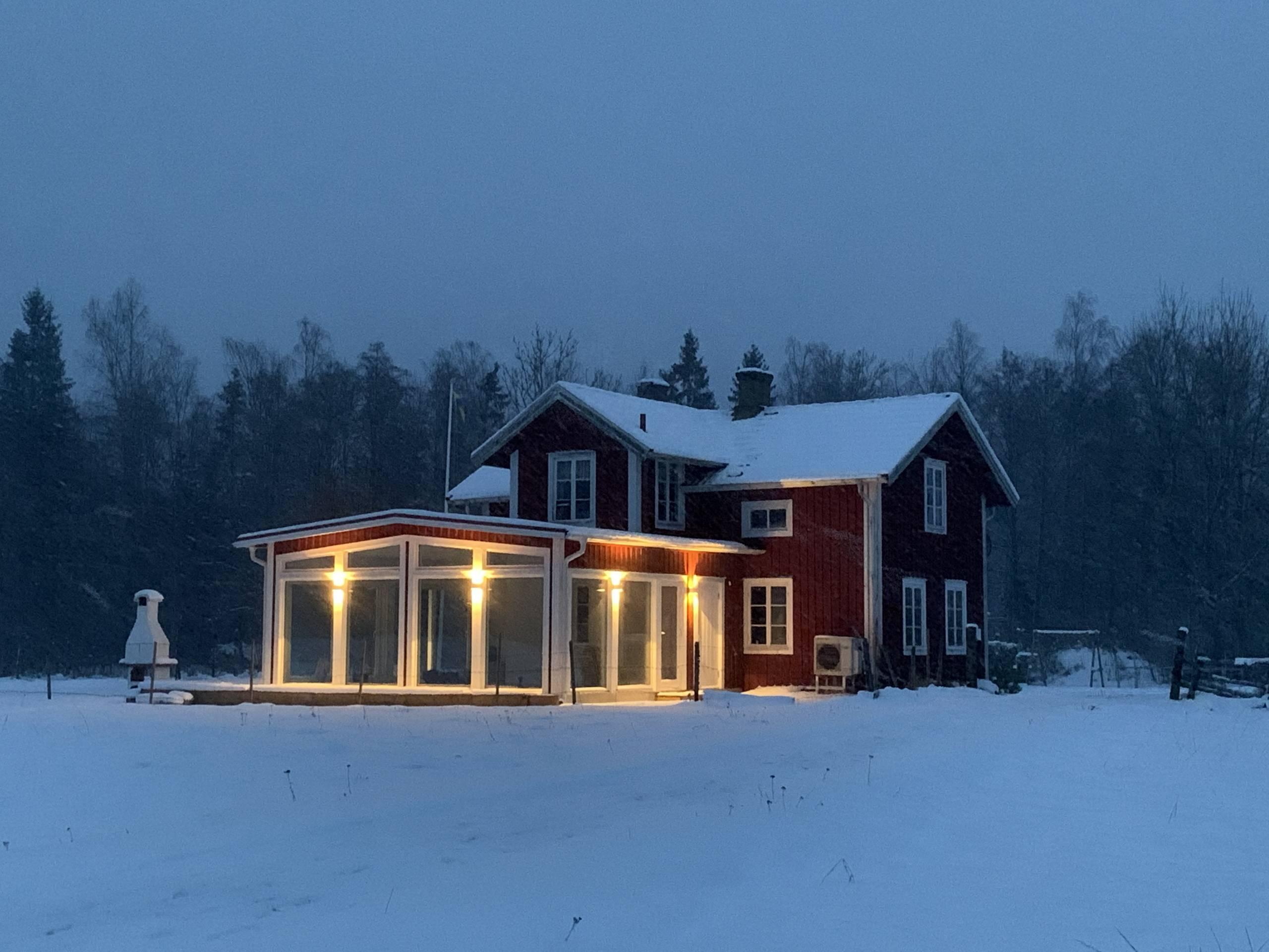 Torp Staveryd Mit Aussenbeleuchtung Am Wintergarten