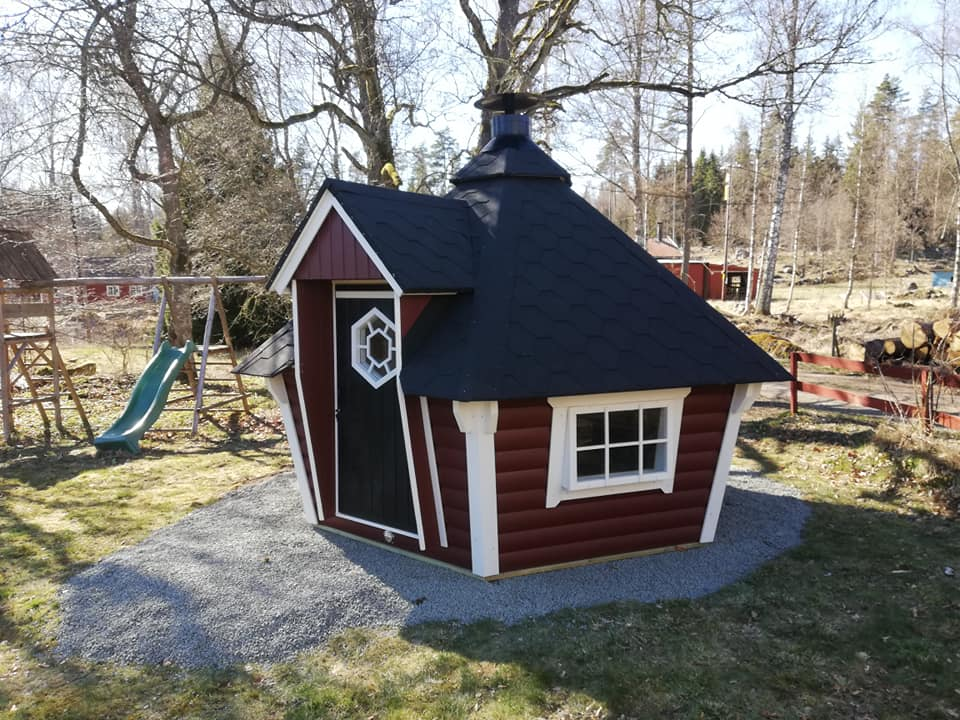 Schweden - Smaland: Grillhütte am Ferienhaus Troll - aussen-