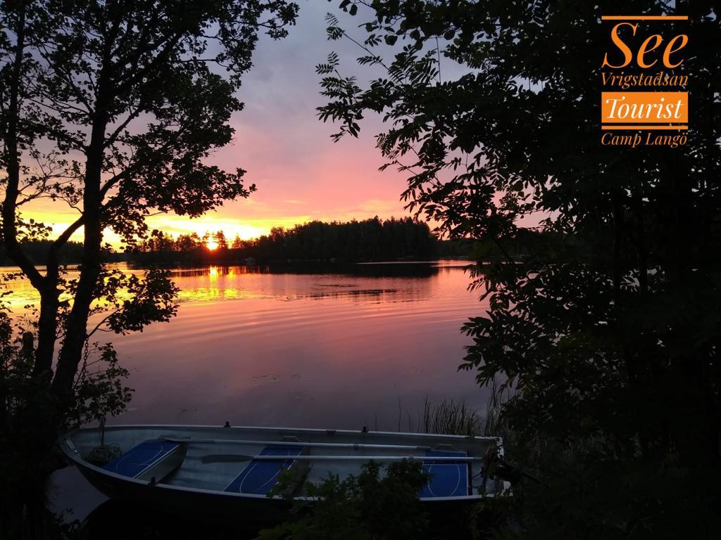Boot Im See Vrigstadsan Kurz Vor Sonnenuntergang